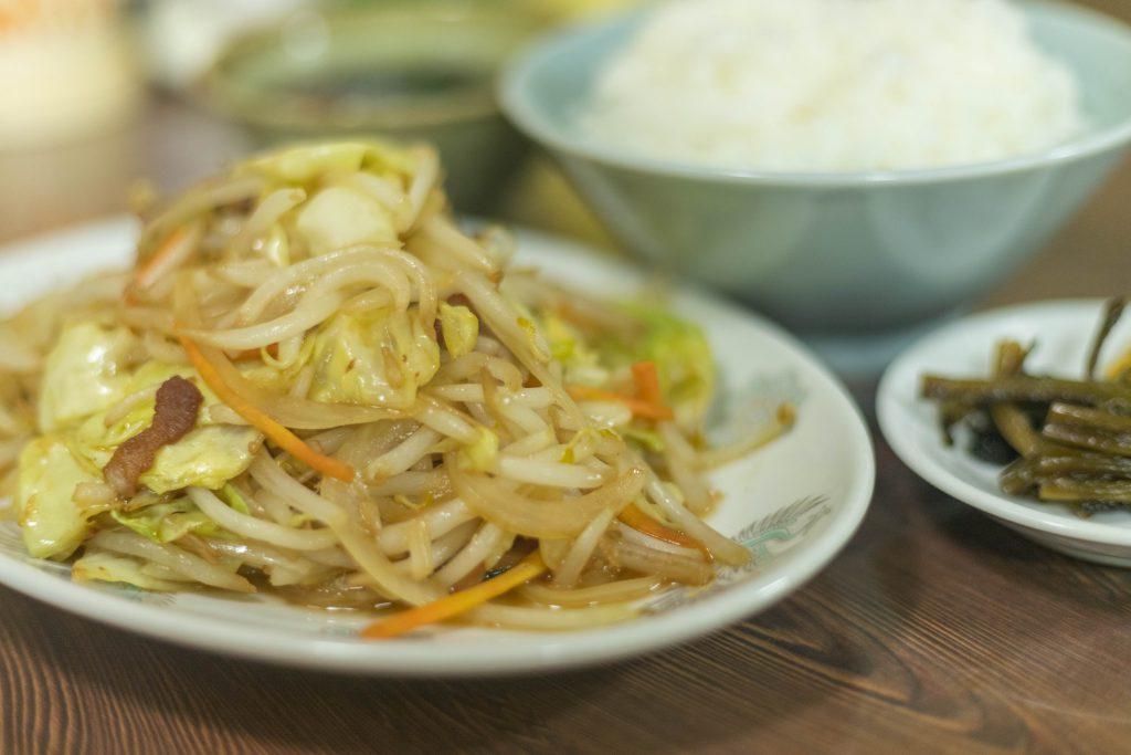 シンポー軒の野菜炒め定食